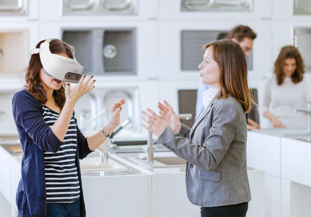 Virtual reality realität HTC VIVE VR VR-Brille glasses usecase immersion immersiv sales product presentation produktpräsentation erlebnis verkauf beratung kunden customer