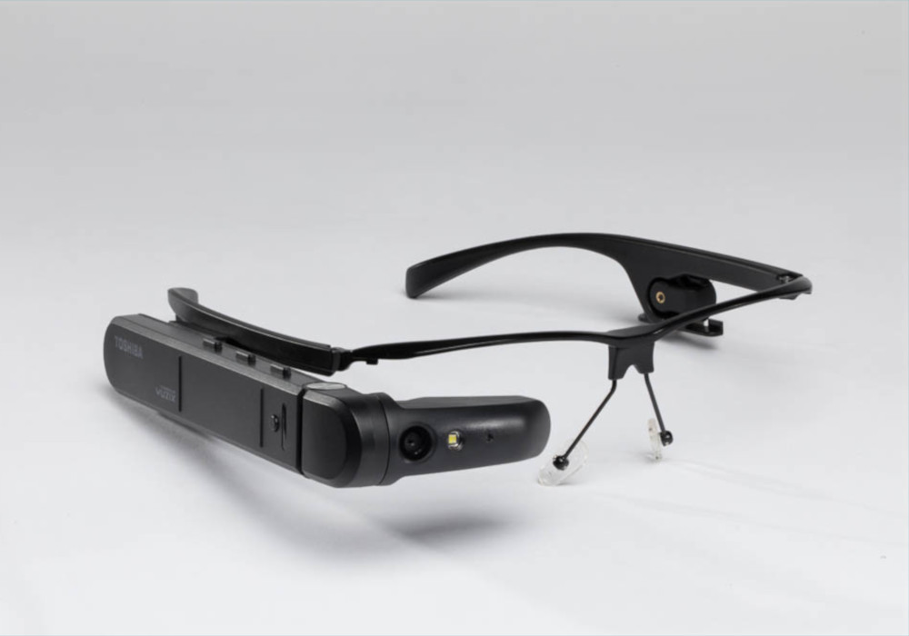 Assisted Reality smart glasses Toshiba